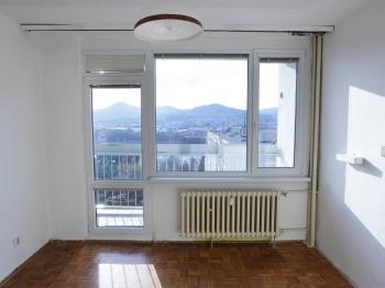 Prodej bytu 3+1 v osobním vlastnictví 70 m², Děčín