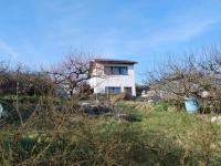 Prodej pozemku 408 m², Závraty