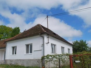 Prodej domu v osobním vlastnictví 200 m², Jetětice