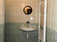 koupelna - Prodej domu v osobním vlastnictví 324 m², Vodňany