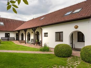 Prodej chaty / chalupy 440 m², Měkynec