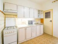kuchyn (Prodej bytu 2+1 v osobním vlastnictví 68 m², Praha 10 - Vršovice)
