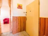vstup do bytu (Prodej bytu 2+1 v osobním vlastnictví 68 m², Praha 10 - Vršovice)