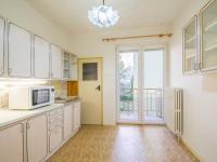 kuchyn III (Prodej bytu 2+1 v osobním vlastnictví 68 m², Praha 10 - Vršovice)
