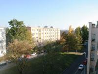 Výhled z kuchyně (Prodej bytu 2+1 v družstevním vlastnictví 53 m², Praha 4 - Krč)