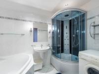 Koupelna - Prodej bytu 3+1 v osobním vlastnictví 80 m², Praha 10 - Horní Měcholupy