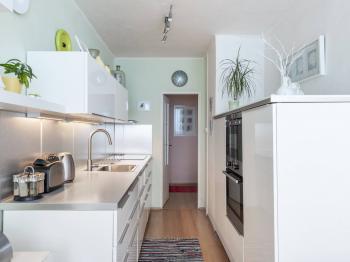 Kuchyně - Prodej bytu 3+1 v osobním vlastnictví 80 m², Praha 10 - Horní Měcholupy