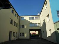 Pohled JV dvorní 3 - Prodej komerčního objektu 2242 m², Valašské Meziříčí