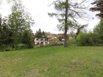 Prodej pozemku 1100 m², Valašské Meziříčí