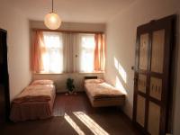 Velký pokoj v patře - Prodej domu v osobním vlastnictví 103 m², Jablonec nad Jizerou
