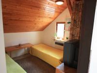 Menší pokoj v patře - Prodej domu v osobním vlastnictví 103 m², Jablonec nad Jizerou