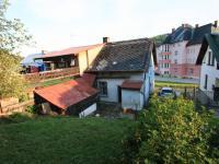 Pohled na dům zezadu - Prodej domu v osobním vlastnictví 103 m², Jablonec nad Jizerou