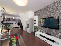 Prodej domu v osobním vlastnictví 241 m², Hrádek nad Nisou