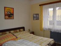 ložnice (Prodej domu v osobním vlastnictví 136 m², Měňany)