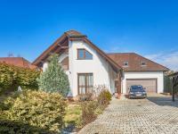 Pronájem domu v osobním vlastnictví 280 m², Jesenice