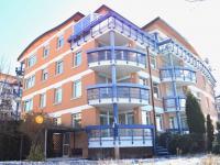pohled ze zahrady (Prodej bytu 3+kk v osobním vlastnictví 93 m², Praha 8 - Libeň)