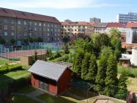 dětské hřiště - Prodej bytu 2+1 v osobním vlastnictví 51 m², Pardubice