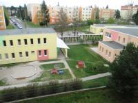 výhled (Prodej bytu 3+1 v osobním vlastnictví 67 m², Plzeň)