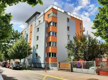 Pronájem bytu 2+kk v osobním vlastnictví 81 m², Plzeň
