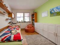 Dětský pokoj - Prodej bytu 2+1 v osobním vlastnictví 149 m², Ostopovice