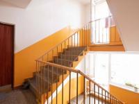 Společná chodba - Prodej bytu 2+1 v osobním vlastnictví 62 m², Hrušovany u Brna
