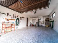 garáž - Prodej domu v osobním vlastnictví 287 m², Brno