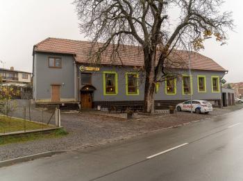 Prodej restaurace 330 m², Březina