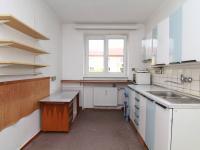 kuchyň (Prodej bytu 2+1 v osobním vlastnictví 65 m², Ostrov)