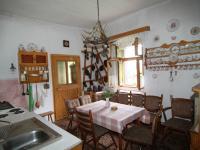 kuchyň v patře - Prodej domu v osobním vlastnictví 140 m², Pernink