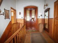chodba patro - Prodej domu v osobním vlastnictví 140 m², Pernink