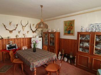 jídelna přízemí - Prodej domu v osobním vlastnictví 140 m², Pernink