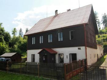 čelní pohled - Prodej domu v osobním vlastnictví 140 m², Pernink