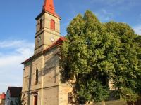 místní kostel (Prodej domu v osobním vlastnictví 250 m², Otročín)