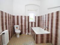 koupelna patro (Prodej domu v osobním vlastnictví 250 m², Otročín)