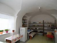 spižírna přízemí (Prodej domu v osobním vlastnictví 250 m², Otročín)