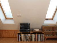 pokoj 1a pod střechou - Prodej bytu 6+1 v osobním vlastnictví 160 m², Karlovy Vary