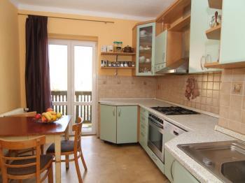kuchyň - Prodej bytu 6+1 v osobním vlastnictví 160 m², Karlovy Vary
