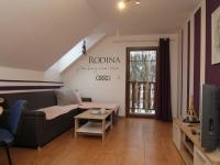pokoj 1 v patře - Prodej domu v osobním vlastnictví 250 m², Ostrov