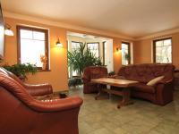 obývák přízemí - Prodej domu v osobním vlastnictví 250 m², Ostrov
