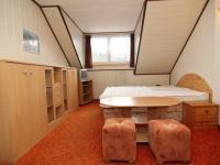 Pronájem bytu Garsoniéra v osobním vlastnictví, 20 m2, Karlovy Vary