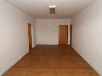kancelář bez balkonu (3.p.) - Pronájem kancelářských prostor 25 m², Karlovy Vary