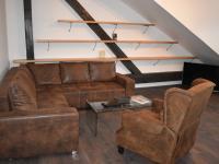 nová rozkládací sedací souprava (Pronájem bytu 3+kk v osobním vlastnictví 145 m², Praha 2 - Vinohrady)