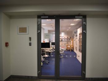 vchod do jednotky - Pronájem kancelářských prostor 257 m², Praha 1 - Staré Město