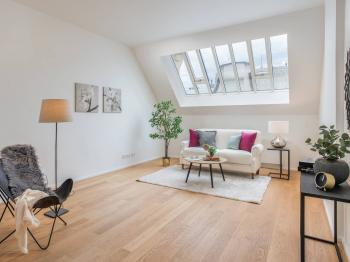 Prodej bytu 2+kk v osobním vlastnictví 83 m², Praha 1 - Staré Město