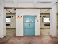 Pronájem komerčního objektu 1853 m², Zbuzany