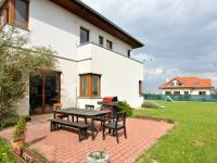 Prodej domu v osobním vlastnictví 281 m², Zbuzany