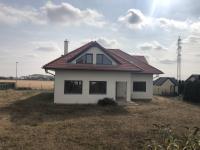 Prodej domu v osobním vlastnictví 306 m², Zbuzany