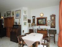 jídelní část (Prodej domu v osobním vlastnictví 300 m², Řitka)