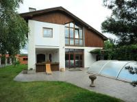 pohled na dům (Prodej domu v osobním vlastnictví 300 m², Řitka)