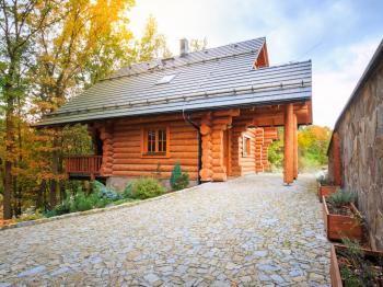 pohled na srub - Prodej chaty / chalupy 100 m², Týn nad Vltavou
